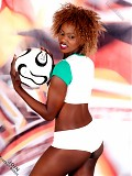 Meet the hottest fan of Cote d' Ivoire football team!