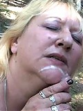 Outdoor mature whore doing her thing