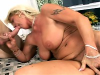 Nasty Mature Woman Enjoys Having Her Snatch Fucked Hard..