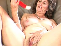 Granny slut proves she can have fun at her age