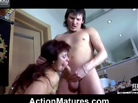 Stacked mature fatty lures a guy into steamy quickie with a blowjob finale