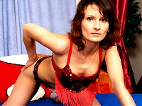 Kinky housewife Stepanka loves to play alone