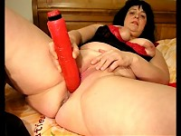 Big mature slut gets cum and squirts all over the place