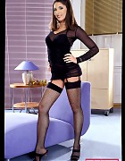 Top glamourgirl Zafira in high heels Picture 1
