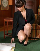 Hot secretary in classy pantyhose Picture 2
