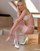 Crissy in white lingiere and stockings Picture 10