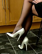Sexy Sara wearing white high heels and nylon stockings Picture 7