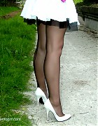 Catherine show her fully fashion nylons and with pumps Picture 9